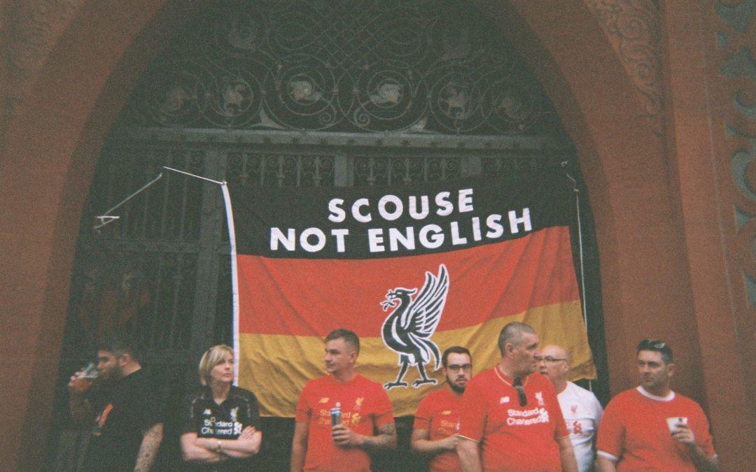 چرا هواداران لیورپول سرود ملی بریتانیا را هو میکنند؟