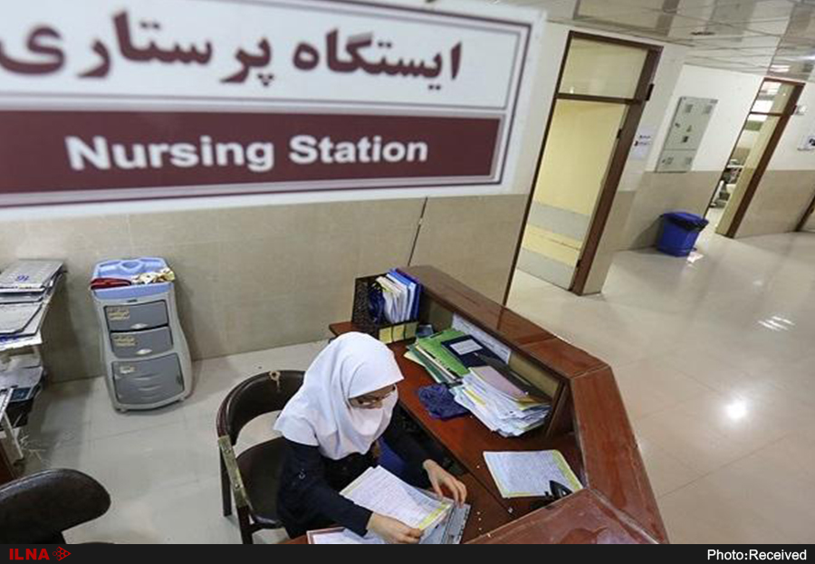 دشواری پنهان شغل پرستاری؛ از اجبار پرستاران به آرایش تا تذکر حجاب