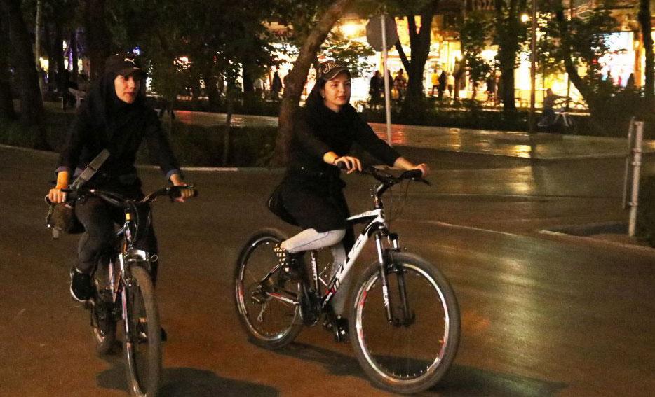 مساله دوچرخه سواری نیست، حجاب است