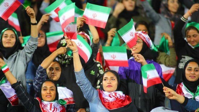 خواسته فیفا حضور بدون تبعیض جنسیتی تماشاگران در همه مسابقات است