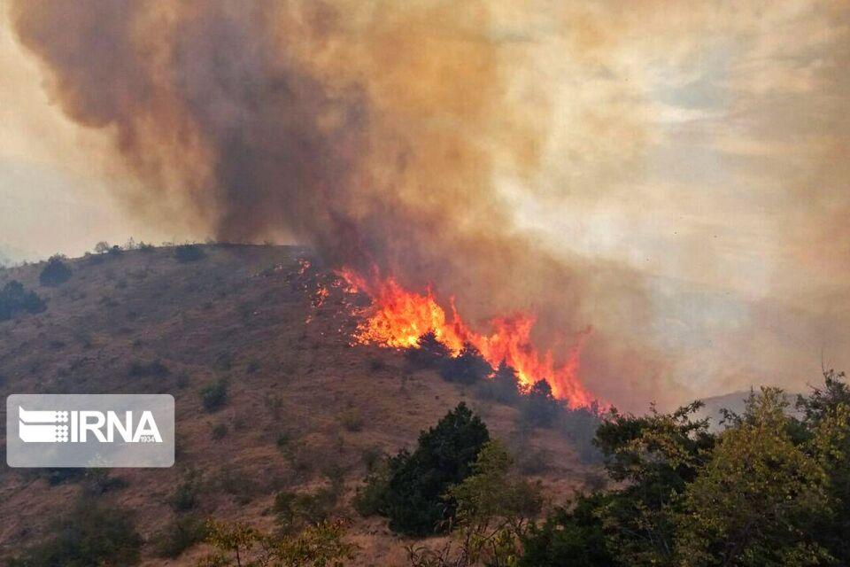نبود بالگرد؛ مشکل اصلی اطفای آتشسوزی ارسباران