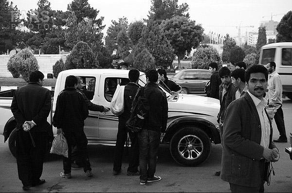 درآمد کارگران فصلی تهران، درد مدام است
