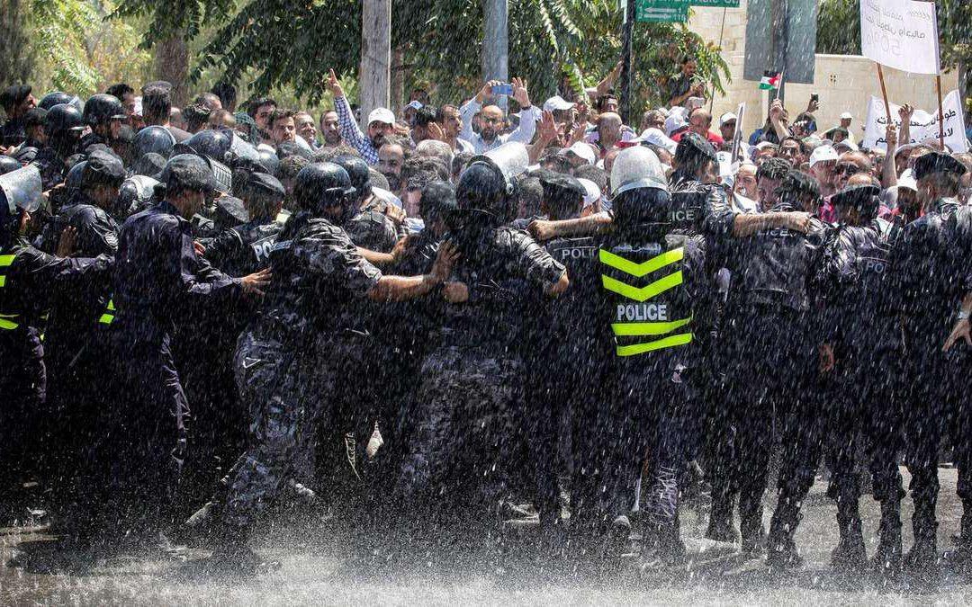 اعتصاب معلمان در اردن