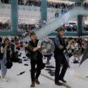 چگونه مراکز خرید زمین مبارزه معترضان هنگکنگی شد