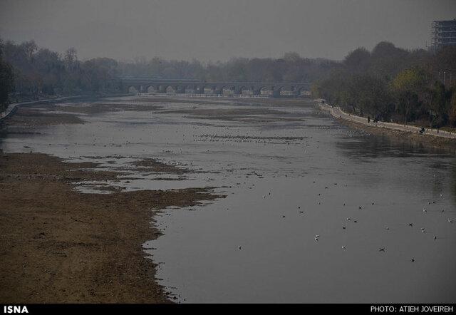 اصفهان در غبار میماند