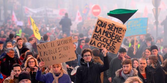 اعتصاب ملی در فرانسه علیه مکرونیسم: این تازه آغاز کار است