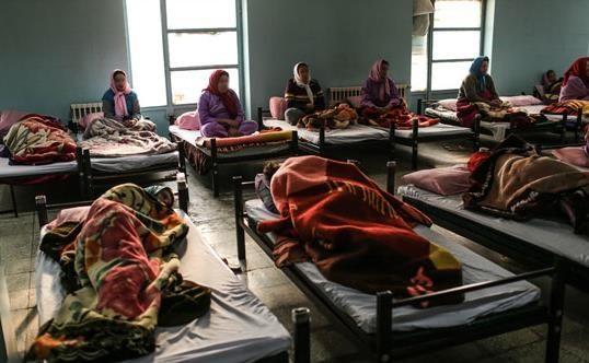 روایتی تلخ از یک شب زندگی در گرمخانه زنان