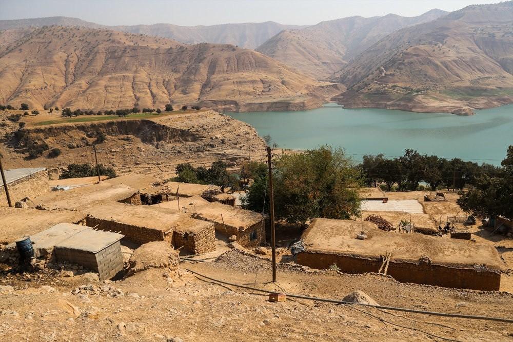 خطر رانش زمین در کمین روستای میراحمد غریبیها