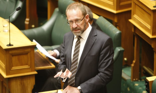 نیوزلند از سقط جنین جرمزدایی میکند