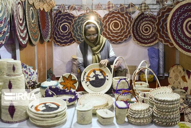زنان؛ آسیبدیدگان اصلی کرونا در صنایعدستی