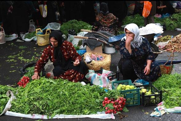 صفآرایی اصناف مازندران مقابل روزبازاریها