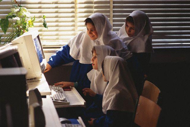 آیا آموزش میتواند جامعه را تغییر دهد؟