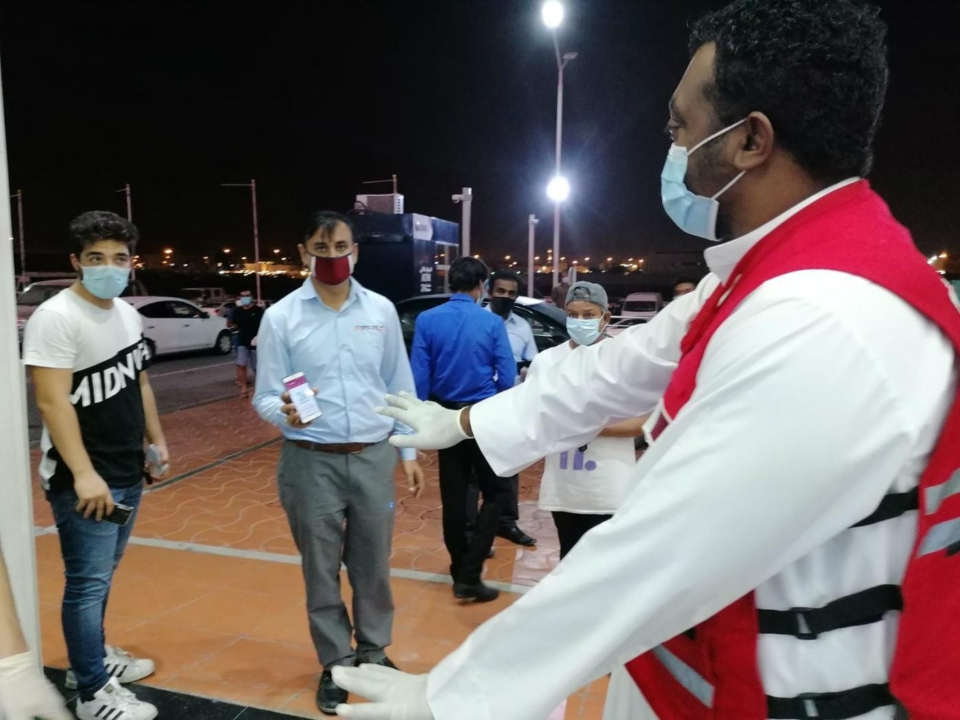 احتراز از کرونا قطریها را بدهکار کرد