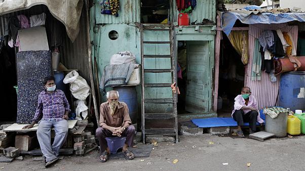 سقوط بیش از ۷۰ میلیون نفر در جهان به فقر مطلق در نتیجه بحران کرونا