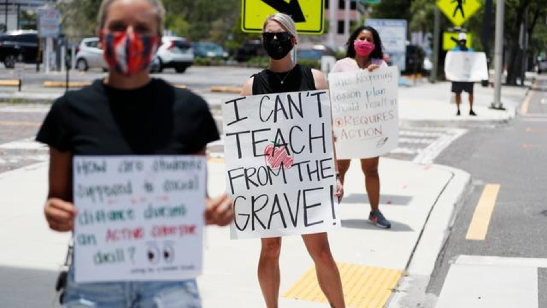 تهدید به اعتصاب در صورت بازگشایی مدارس