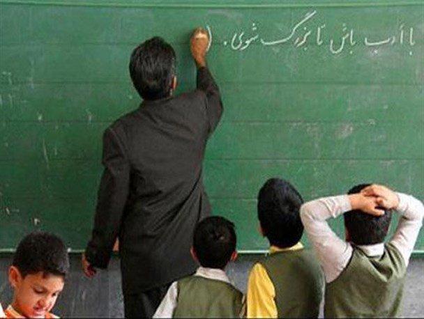 خودکشی یک دانشآموز و شلاق برای یک معلم با شکایت وزیر آموزش و پرورش