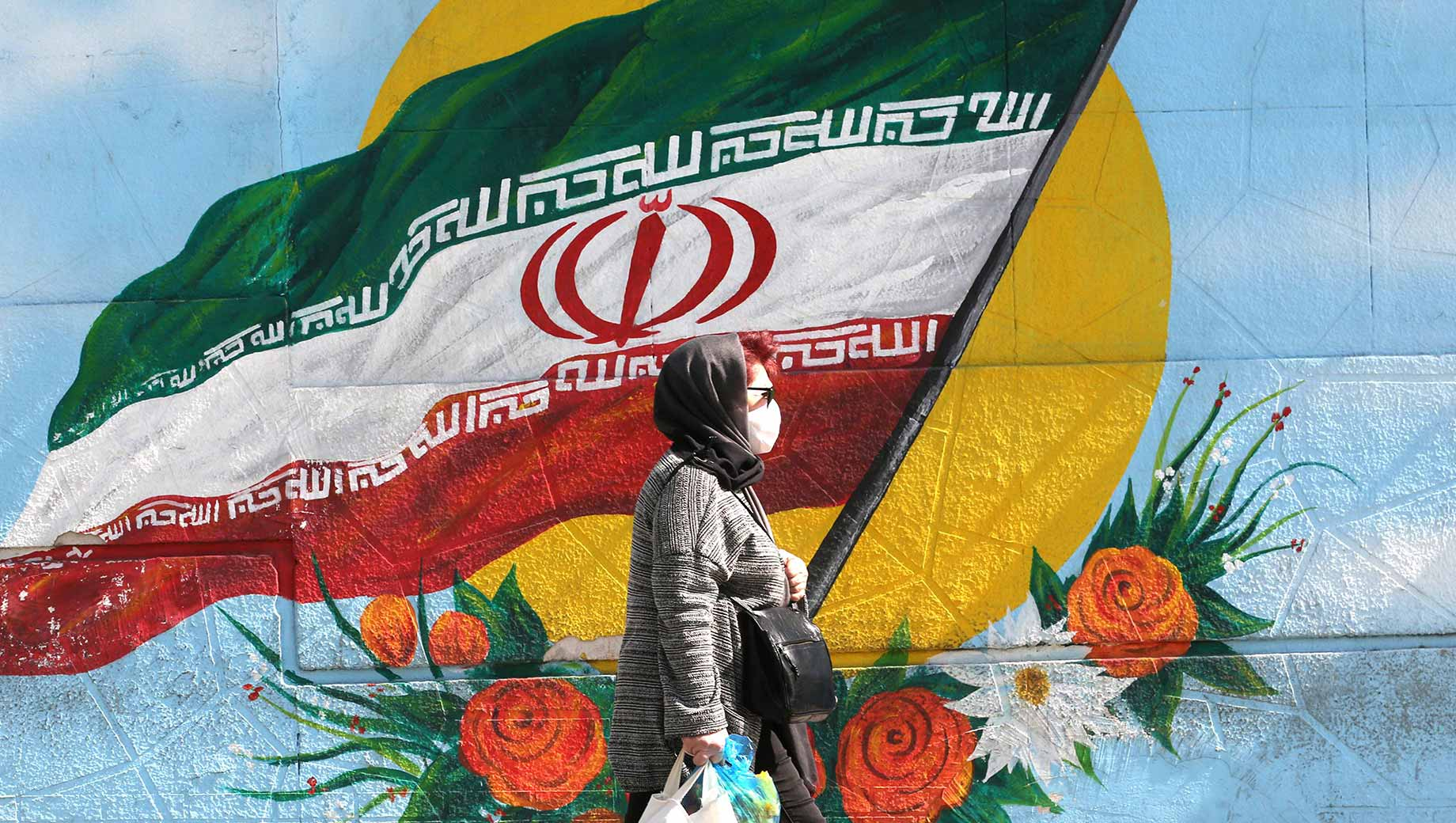 کاهش همزمان اعتماد ایرانیان به دولتهای ایران و آمریکا