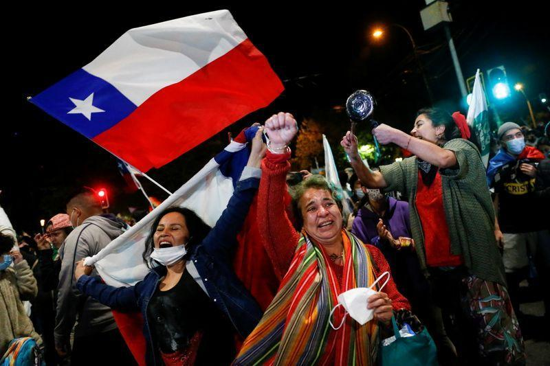 «نه» بزرگ مردم شیلی به میراث نئولیبرال پینوشه