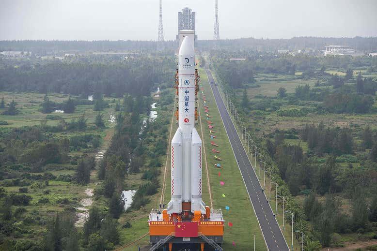 پرواز سفینه پیشرفته چین به سمت ماه