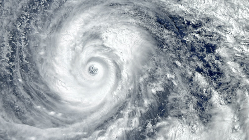 تغییر اقلیم و قویتر شدن طوفانهای استوایی