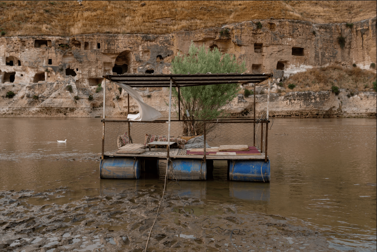 زندگیهایی که آب برد