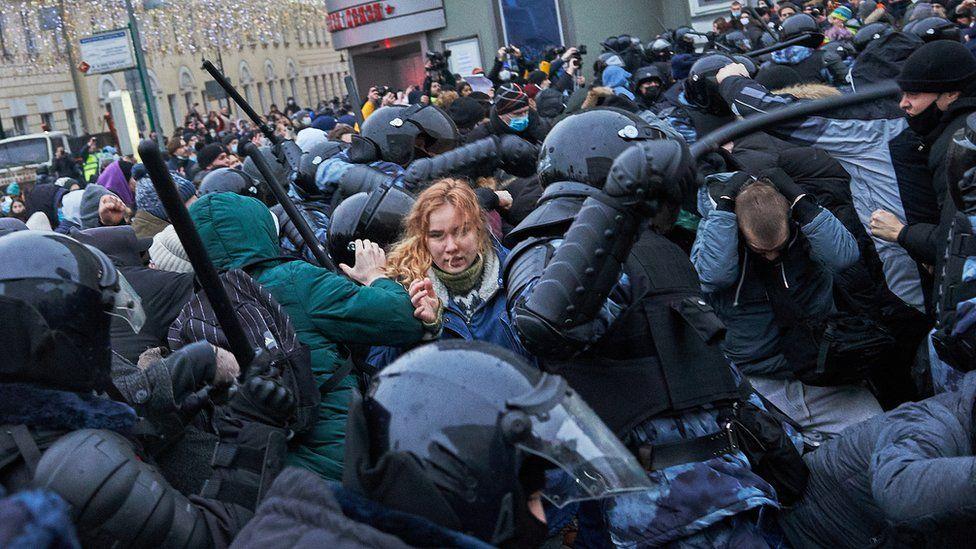 دستگیری سههزار نفر در تظاهرات طرفداران الکسی ناوالنی