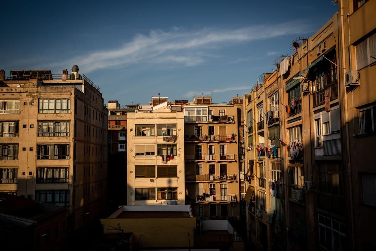 راه حل شهر بارسلون برای بحران مسکن: توقیف خانههای خالی