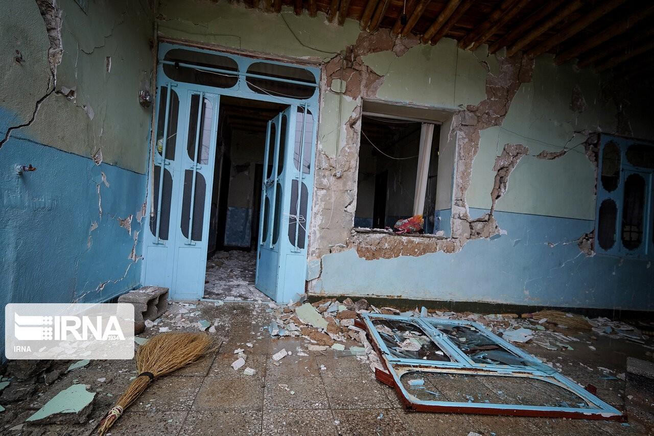 خسارت سخت زلزله سیسخت