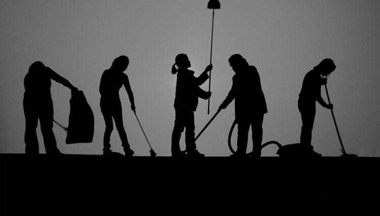 زنان خانهدار، کارگران بدون دستمزد