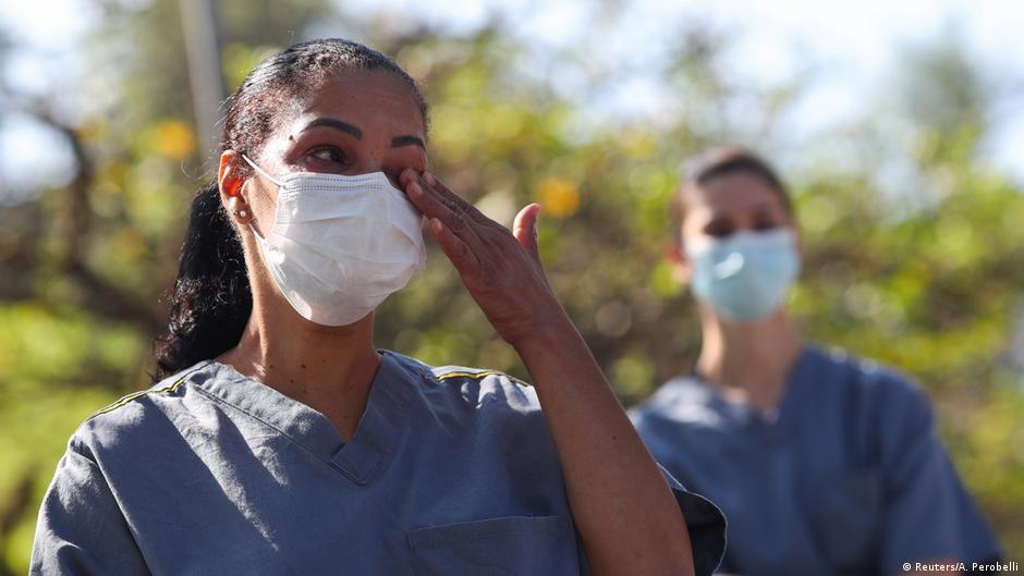 جان باختن روزانه ۴۲۰۰ نفر در برزیل از گونه جدید ویروس کرونا