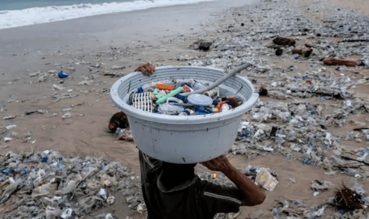 ۵۵ درصد ضایعات پلاستیکی جهان را ۲۰ شرکت تولید میکنند