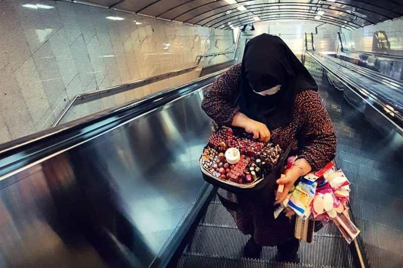 «به مامور مترو گفتم نه! اجناسم را توقیف کرد»