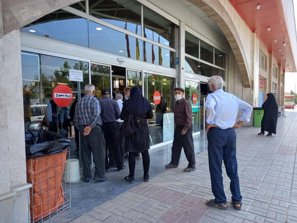 برای خرید مرغ در اصفهان باید از قبل ثبتنام کرد