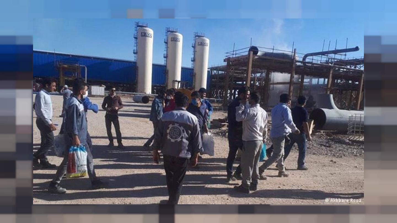 حمایت نویسندگان، خبرنگاران و دانشجویان از اعتصاب کارگران پیمانی نفت و پتروشیمی