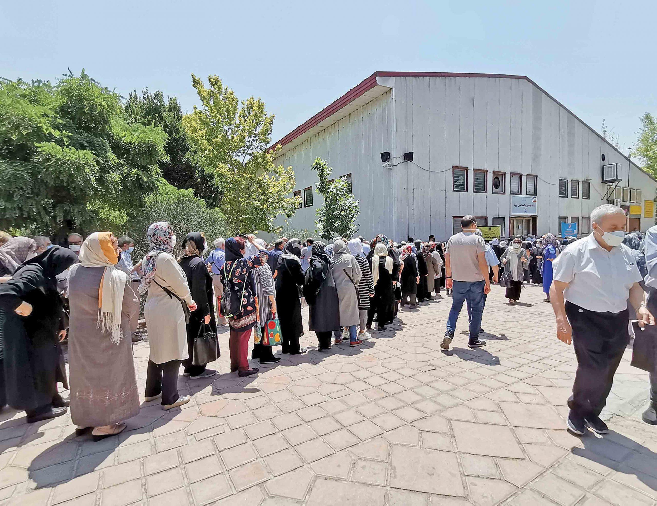 ۱۴۴؛ رتبه جهانی ایران در واکسیناسیون کووید ۱۹