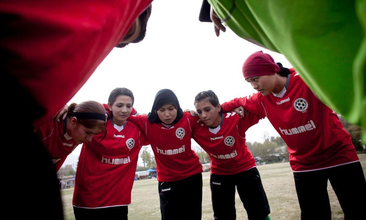 چگونه فوتبال به کابوس زنان افغانستان تبدیل شد