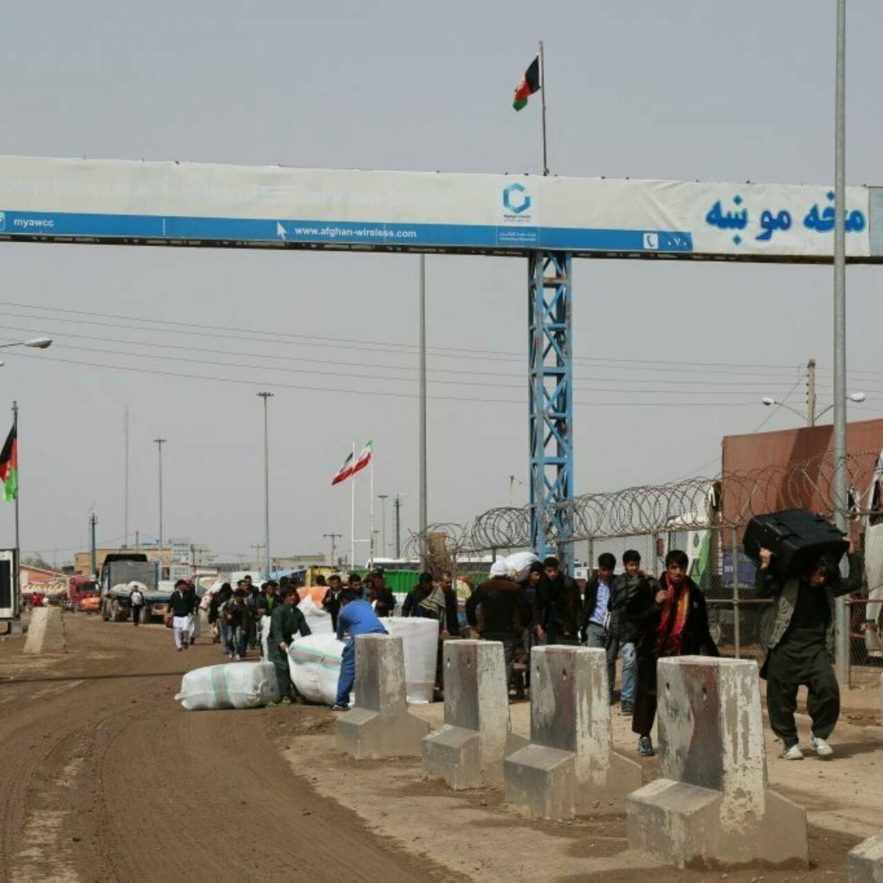 سهقفله شدن مرزهای ایران به روی آوارگان طالبان