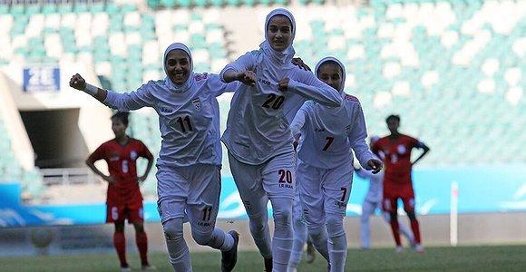 حمله «دولتمردان» به لباس تیم ملی فوتبال زنان